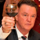 van-gaal-funny-wine-glass-drink-manchester-united-transfer-new-manager-2014