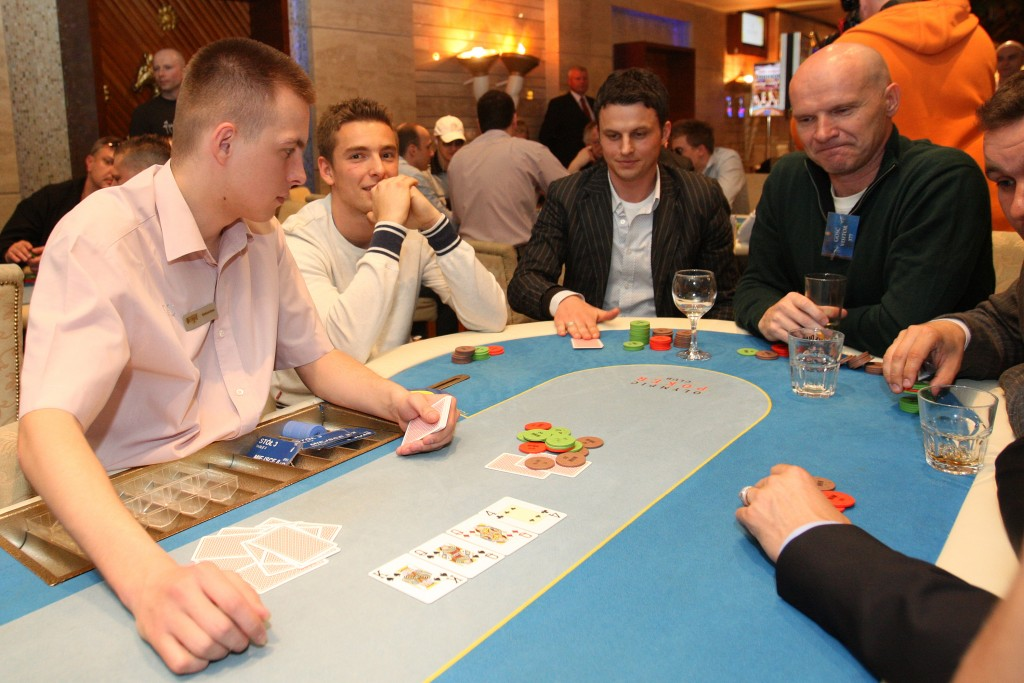 TURNIEJ PARTY POKER O BILETY NA WALKE KLYCZKO - SOSNOWSKI - KASYNO OLYMPIC --- TOURNAMENT PARTY POKER FOR TICKETS ON FIGHT KLITSCHKO - SOSNOWSKI IN OLYMPIC CASINO SUNRISE WARSAW