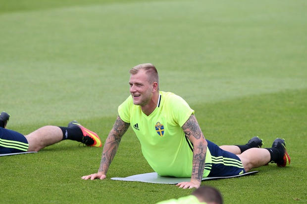 SAINT-NAZAIRE 19.06.2016 TRENING REPREZENTACJA SZWECJA NA EURO 2016 WE FRANCJI --- SWEDEN FOOTBALL NATIONAL TEAM TRAINING SESSION IN EURO2016 JOHN GUIDETTI FOT. PIOTR KUCZA/ 400mm.pl