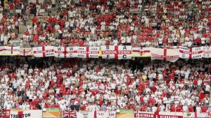 _60961373_england_fans_getty3.jpg