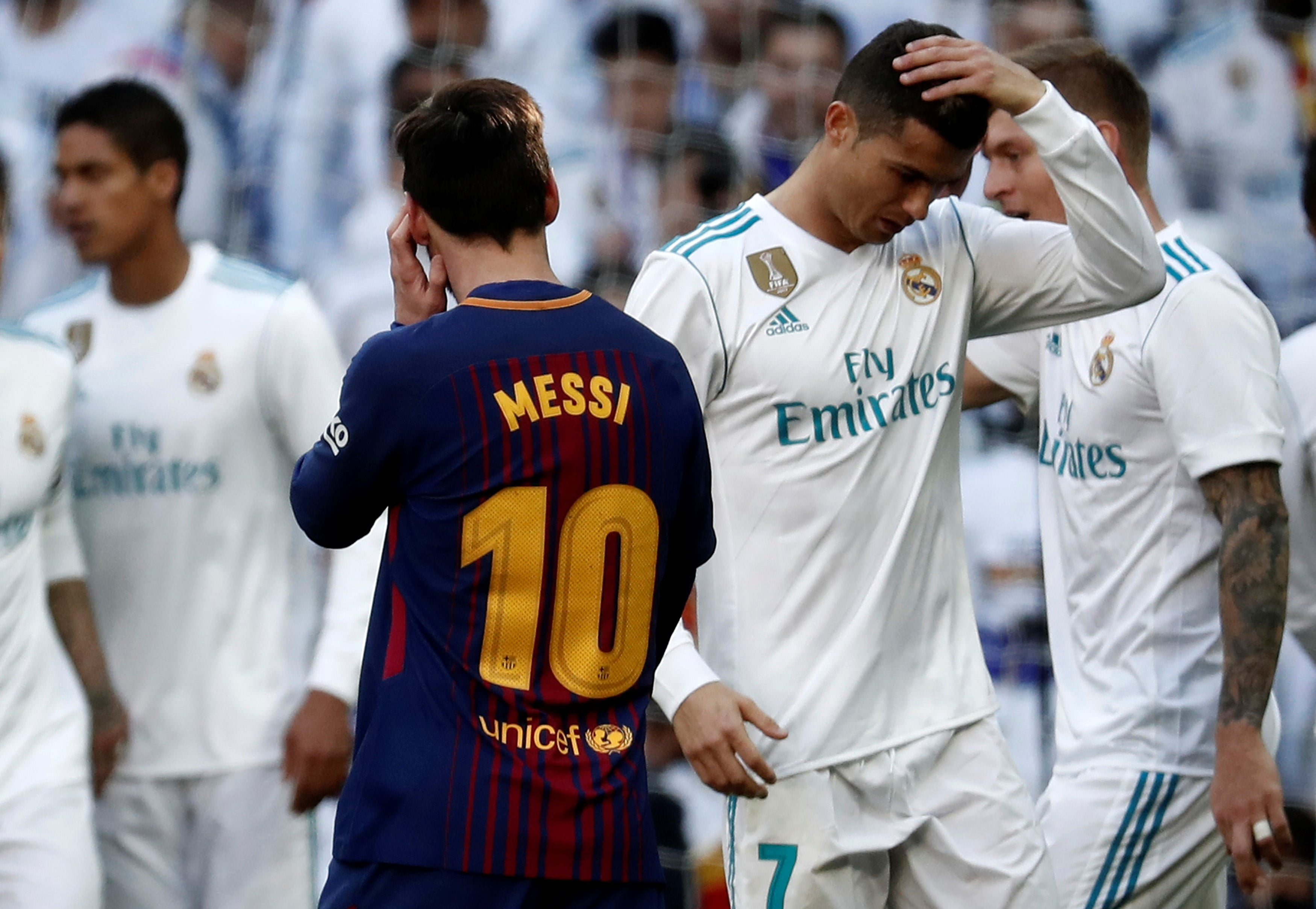 MADRID, SPAIN - DECEMBER 23: Cristiano Ronaldo (R) of Real Madrid and Lionel Messi (10) of Barcelona are seen during the La Liga match between Real Madrid and Barcelona at Santiago Bernabeu Stadium in Madrid, Spain on December 23, 2017. Burak Akbulut / Anadolu Agency FOT. ABACAPRESS.COM / NEWSPIX.PL POLAND ONLY !!! --- Newspix.pl *** Local Caption *** www.newspix.pl mail us: info@newspix.pl call us: 0048 022 23 22 222 --- Polish Picture Agency by Ringier Axel Springer Poland