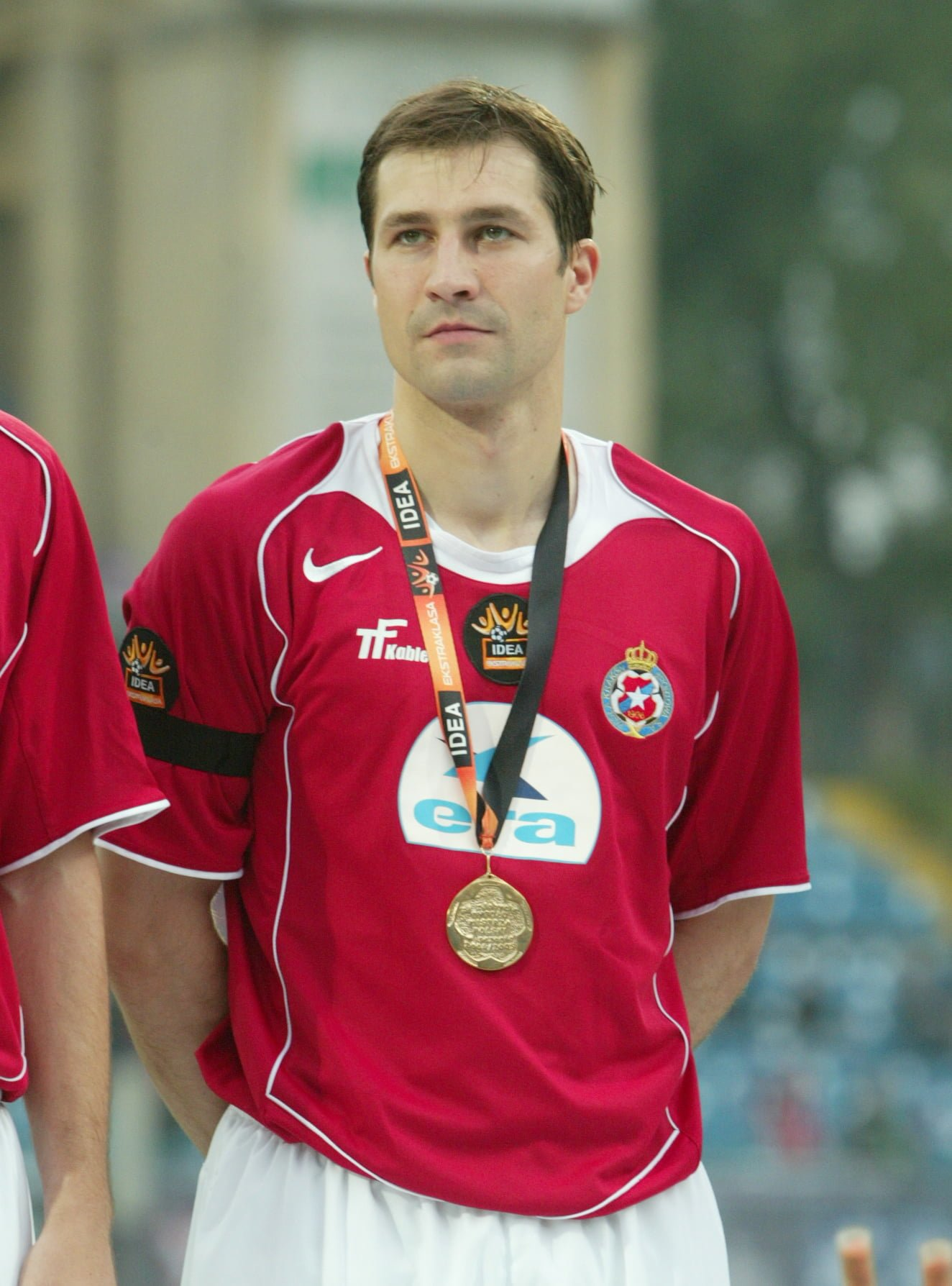 n/z. RADOSLAW SOBOLEWSKI MEDALE , MISTRZOSTWO WISLA KRAKOW - GROCLIN GRODZISK WLKP PILKA NOZNA, EKSTRAKLASA KRAKOW, 2005/06/12 FOTO: TOMASZ MARKOWSKI / PRZEGLAD SPORTOWY --- Newspix.pl *** Local Caption *** www.newspix.pl mail us: info@newspix.pl call us: 0048 022 23 22 222 --- Polish Picture Agency by Axel Springer Poland