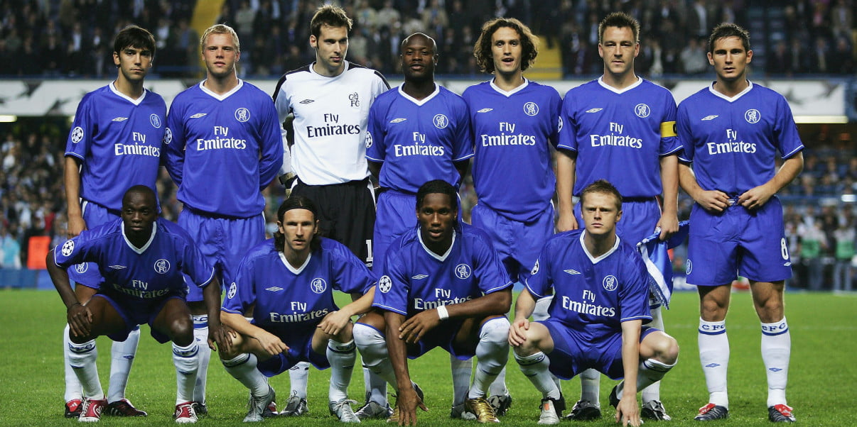 LONDON - SEPTEMBER 29: Chelsea team to face FC Porto prior to the UEFA Champions League Group H match between Chelsea and FC Porto at Stamford Bridge on September 29, 2004 in London. (Photo by Shaun Botterill/Getty Images)
