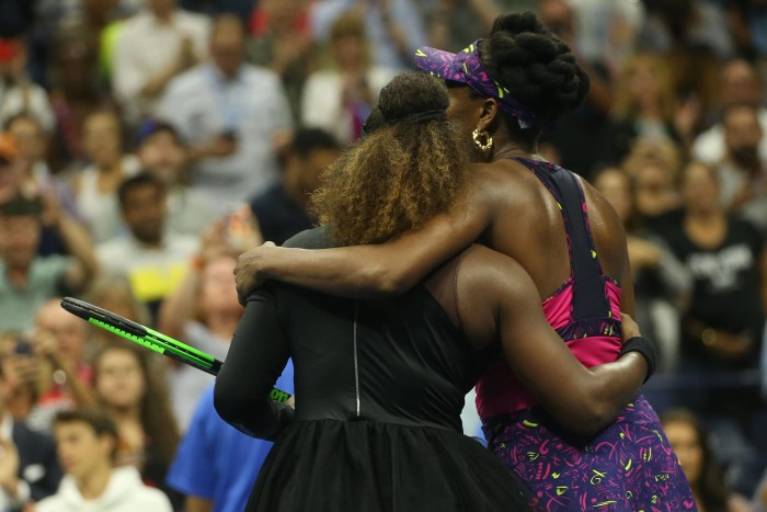 NEW YORK, USA - AUGUST 31: Venus Williams (R) of USA congratulates Serena Williams (L) of USA after competing in the Women's Singles round three match within the US Open 2018 tournament in Arthur Ashe Stadium in Flushing, New York, United States on August 31, 2018. Mohammed Elshamy / Anadolu Agency TENIS TURNIEJ TESNIOWY FOT. ABACA/NEWSPIX.PL POLAND ONLY! --- Newspix.pl *** Local Caption *** www.newspix.pl mail us: info@newspix.pl call us: 0048 022 23 22 222 --- Polish Picture Agency by Ringier Axel Springer Poland