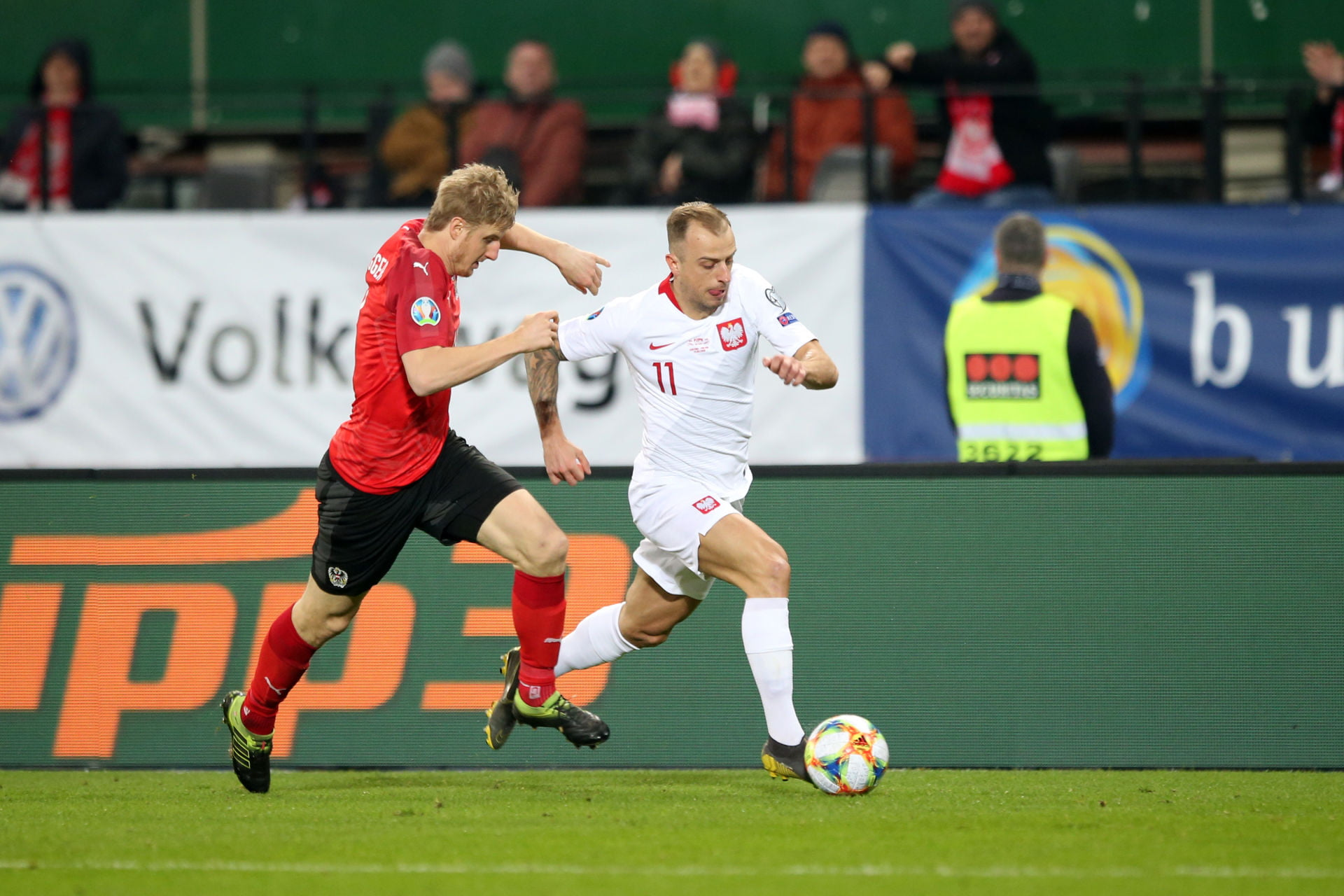 WIEDEN 21.03.2019 MECZ ELIMINACJE DO MISTRZOSTW EUROPY 2020 GRUPA G: AUSTRIA - POLSKA --- QUALIFICATION FOR UEFA EURO 2020 MATCH GROUP G IN VIENNA: AUSTRIA - POLAND MARTIN HINTEREGGER KAMIL GROSICKI FOT. PIOTR KUCZA/ 400mm.pl