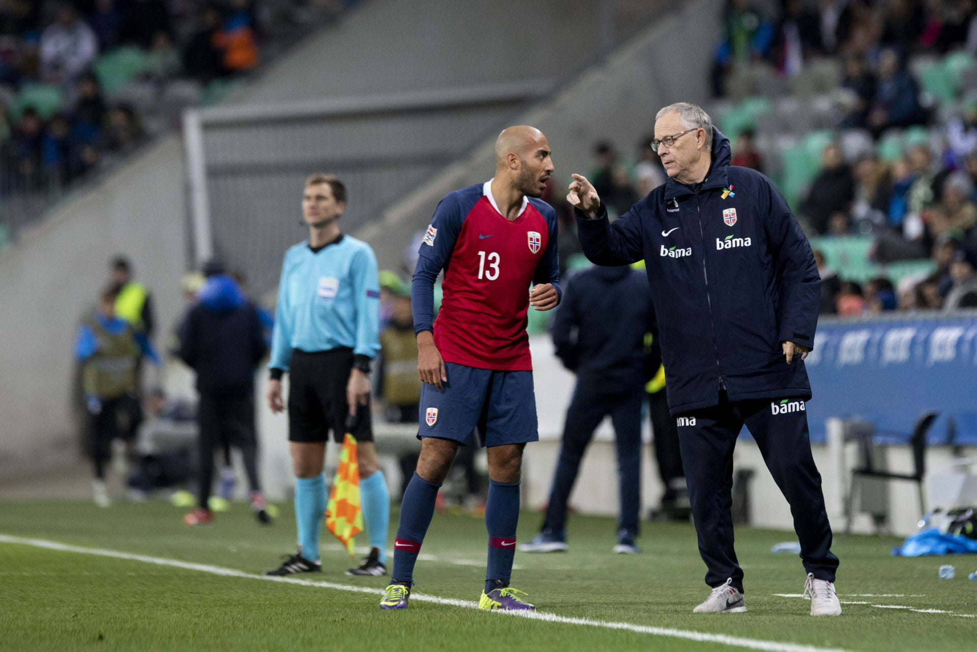16.11.2018, Ljubljana, SLO, UEFA Nations League, Slowenien vs Norwegen, Liga C, Gruppe 3, im Bild Haitam Aleesami of Norway and Lars Lagerback, head coach of Norway // during the Nations League, League C, Group 3 match between Slovenia and Norway at the Ljubljana, Slovenia on 2018/11/16. EXPA Pictures © 2018, PhotoCredit: EXPA/ Sportida/ Urban Urbanc *****ATTENTION - OUT of SLO, FRA***** LIGA NARODOW PILKA NOZNA SEZON 2018/2019 FOT.EXPA/NEWSPIX.PL Austria, Italy, Spain, Slovenia, Serbia, Croatia, Germany, UK, USA and Sweden OUT! --- Newspix.pl *** Local Caption *** www.newspix.pl mail us: info@newspix.pl call us: 0048 022 23 22 222 --- Polish Picture Agency by Ringier Axel Springer Poland