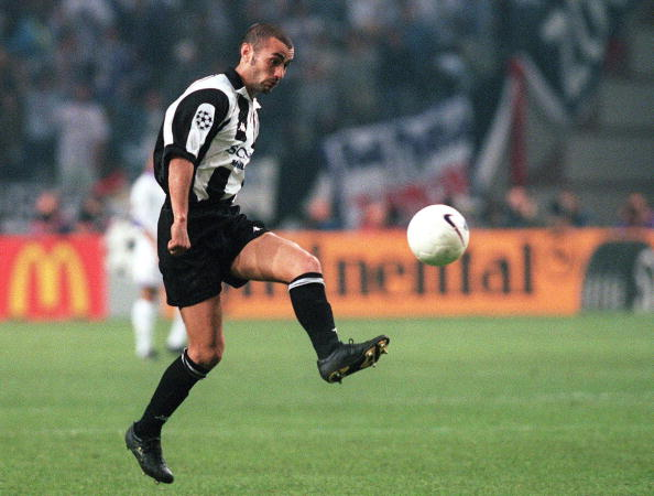 AMSTERDAM, NETHERLANDS - MAY 20: CHAMPIONS LEAGUE 97/98, Finale, Amsterdam; JUVENTUS TURIN - REAL MADRID 0:1; Pablo MONTERO/TURIN (Photo by Gerd Scheewel/Bongarts/Getty Images)