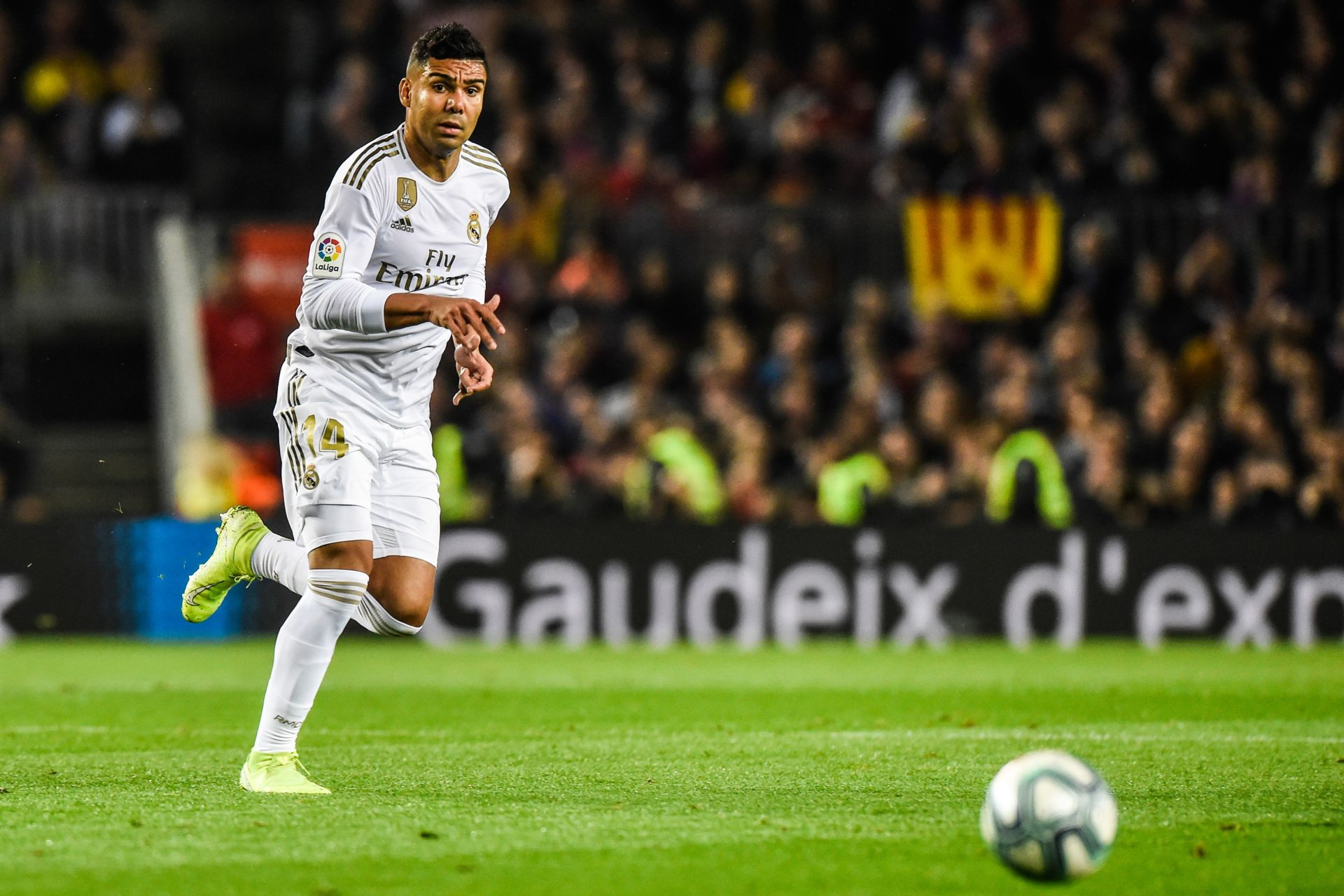 Carlos Henrique Casemiro of Real Madrid during the Liga match between Barcelone and Real Madrid at Camp Nou on December 18, 2019 in Barcelona, Spain. (Photo by Pressinphoto/Icon Sport) LIGA HISZPANSKA PILKA NOZNA SEZON 2019/2020 FOT. ICON SPORT/NEWSPIX.PL POLAND ONLY! --- Newspix.pl *** Local Caption *** www.newspix.pl mail us: info@newspix.pl call us: 0048 022 23 22 222 --- Polish Picture Agency by Ringier Axel Springer Poland