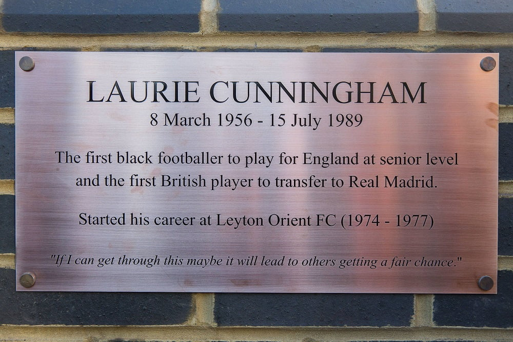 Statue unveiled of the late former Leyton Orient and Real Madrid player, Laurie Cunningham, who was the first black player to play for England at senior level. The statue was unveiled in Coronation Gardens in Leyton, East London. November 30 2017 POMNIK PILKARZ REAL MADRYT PILKA NOZNA FOT. SWNS/NEWSPIX.PL POLAND ONLY !!! --- Newspix.pl *** Local Caption *** www.newspix.pl mail us: info@newspix.pl call us: 0048 022 23 22 222 --- Polish Picture Agency by Ringier Axel Springer Poland
