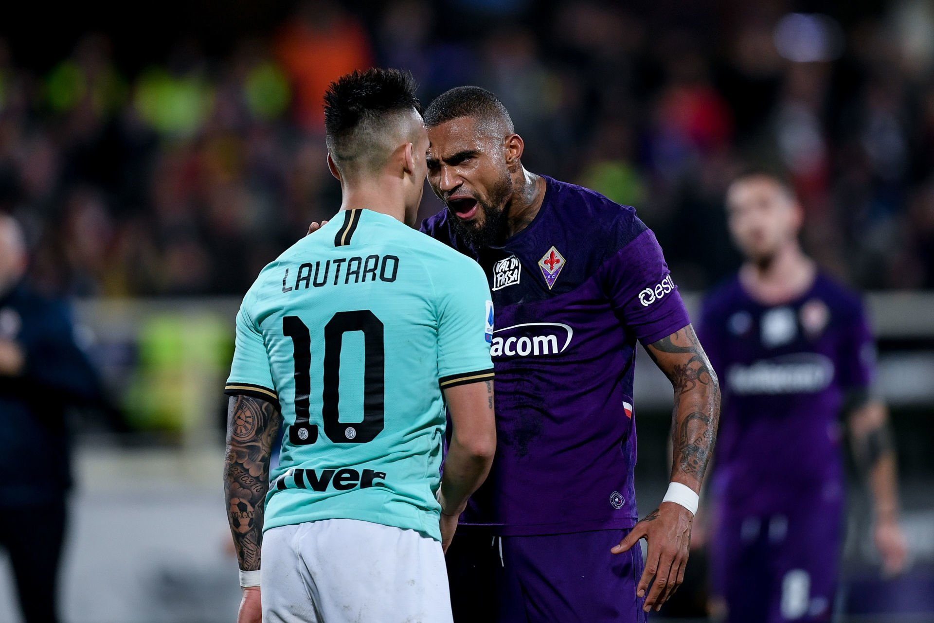 Lautaro Martinez of FC Internazionale discusses with Kevin-Prince Boateng of ACF Fiorentina during the Serie A match between Fiorentina and Inter Milan at Stadio Artemio Franchi, Florence, Italy on 15 December 2019. Photo by Giuseppe Maffia. PILKA NOZNA SEZON 2019/2020 LIGA WLOSKA FOT. SPORTPHOTO24/NEWSPIX.PL ENGLAND OUT! --- Newspix.pl *** Local Caption *** www.newspix.pl mail us: info@newspix.pl call us: 0048 022 23 22 222 --- Polish Picture Agency by Ringier Axel Springer Poland